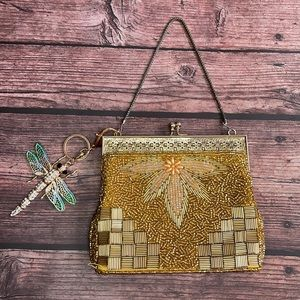 VINTAGE   Petite beaded bag with dragonfly charm